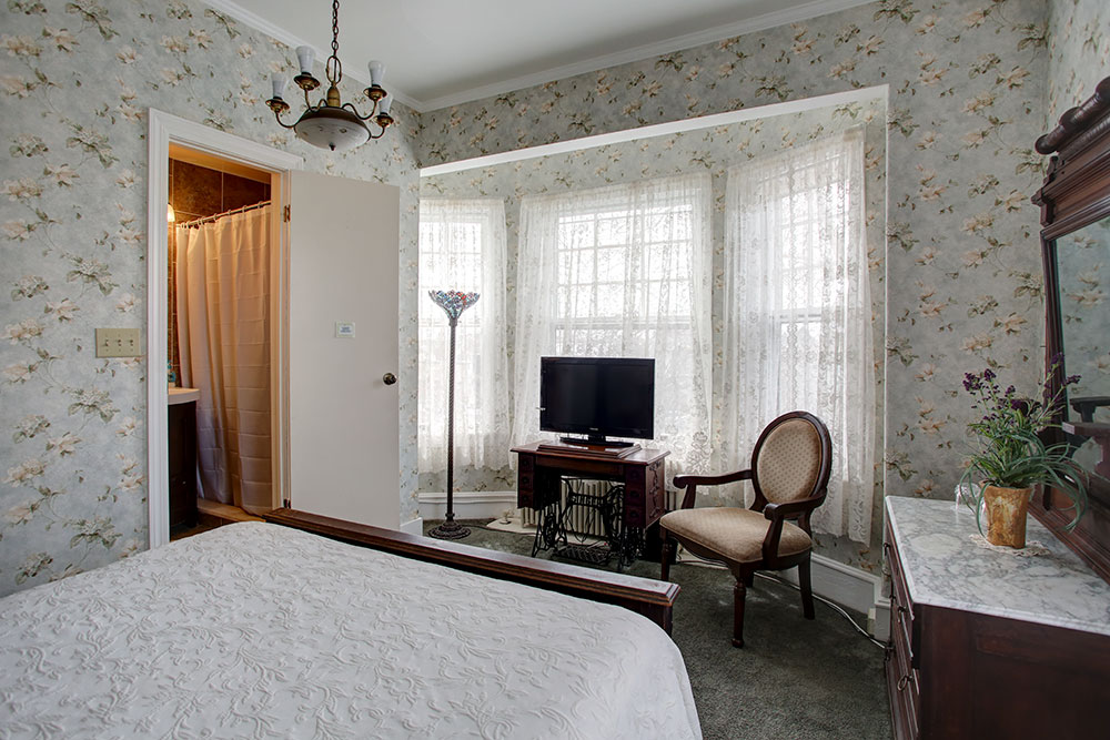 Room 6, The Wilbraham Mansion & Suites Boutique Hotel, Cape May, NJ