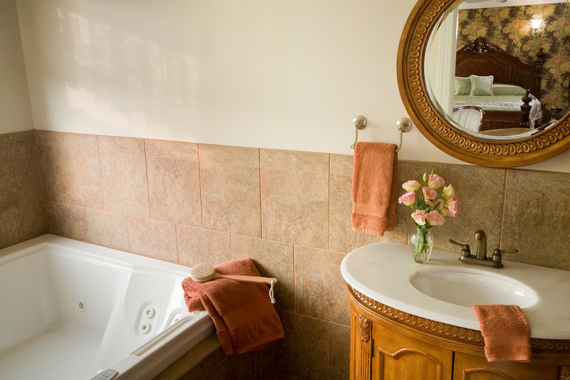 Suite 201 Jacuzzi, The Wilbraham Mansion & Suites Boutique Hotel, Cape May, NJ
