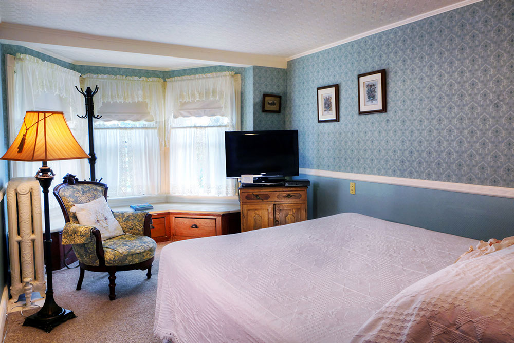 Room 2, The Wilbraham Mansion & Suites, Cape May, New Jersey