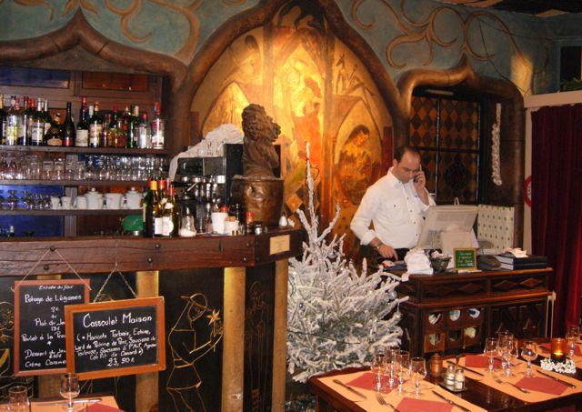 Aux Anysetiers du Roy Restaurant, Ile St Louis, Paris