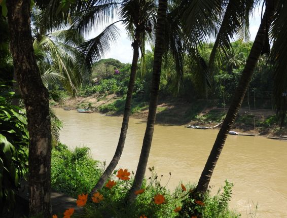 Laos 2 2015