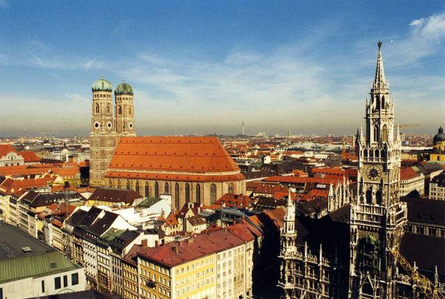 800px-Munich_skyline