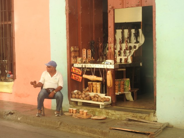 Musical instruments for sale, Santiago de Cuba