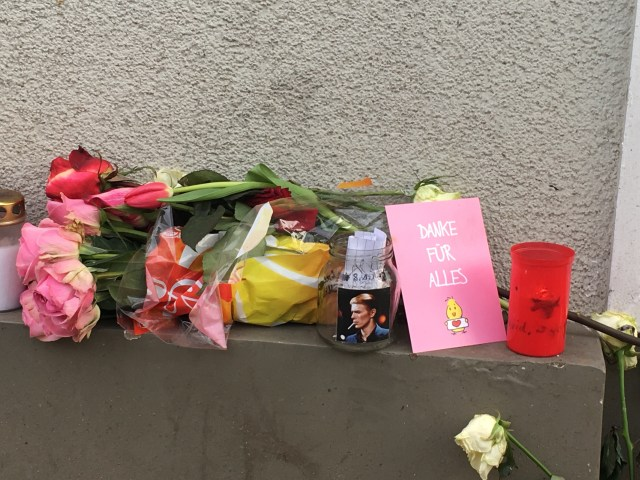 Tributes to David Bowie outside his former flat in Berlin - 10th January 2017
