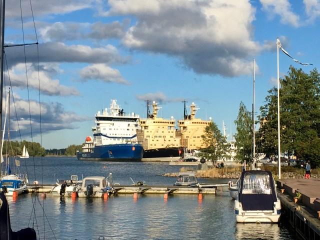 Icebreakers, Helsinki