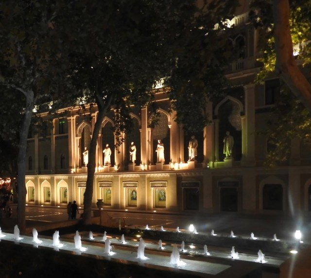 Fountain Square, Baku