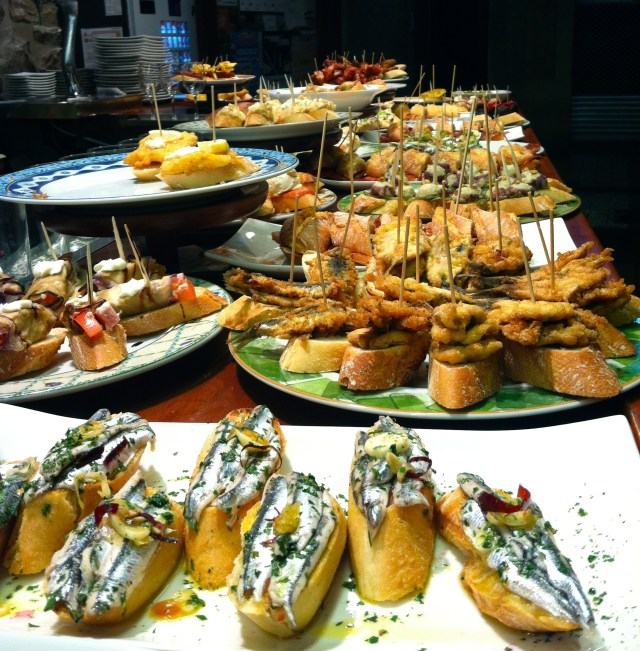 This image has an empty alt attribute; its file name is Pintxos-Bilbao-1007x1024.jpg