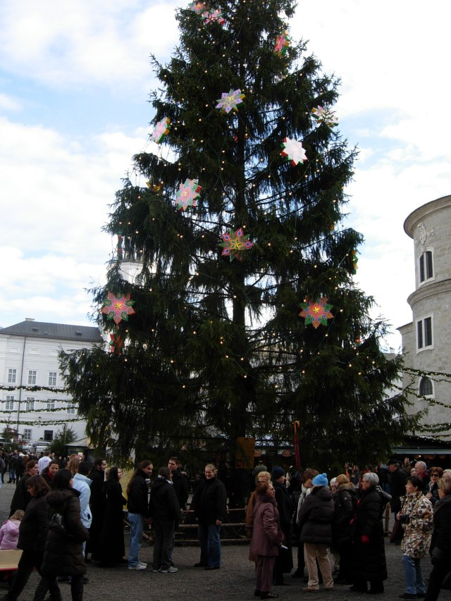 Christkindlmarkt Tree, Salzburg