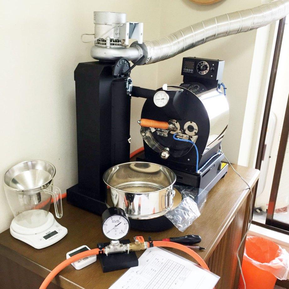 福岡県糸島市にアポロ焙煎機を設置しました。