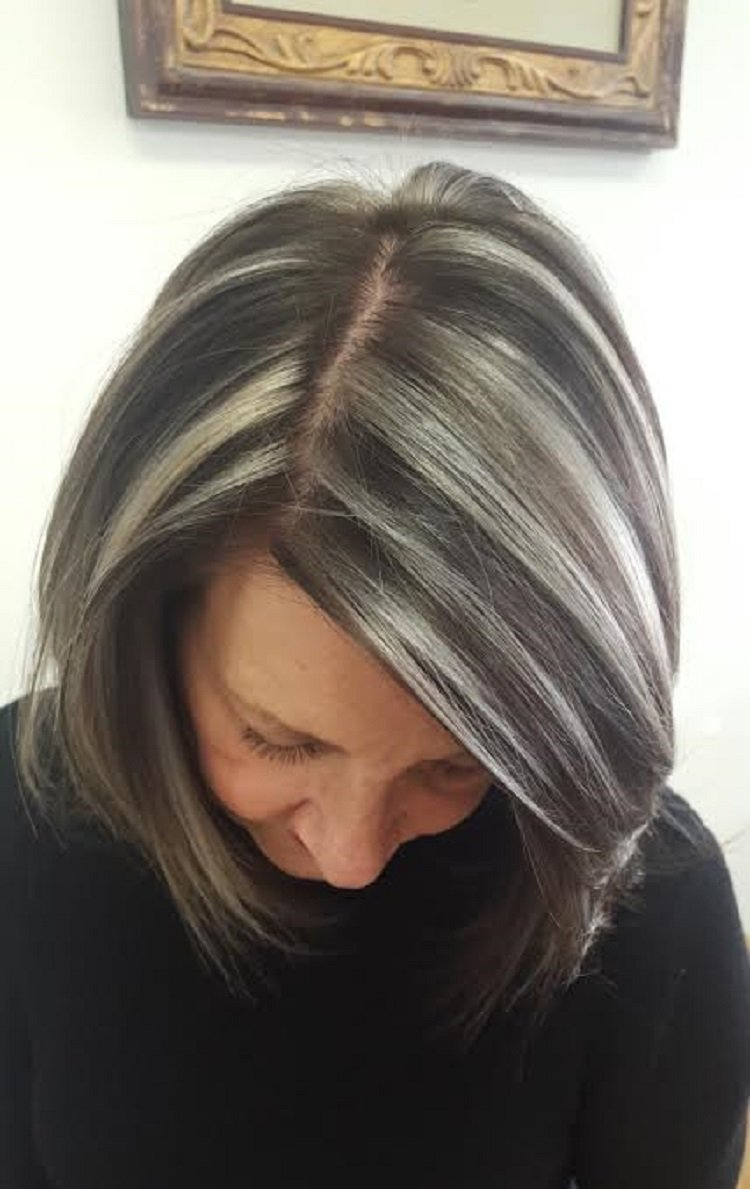 28 Edgy And Elegant Haircuts For Women Over 50 Wild