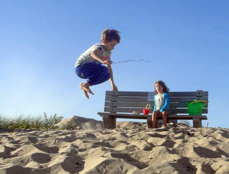 beach walk with kids leap
