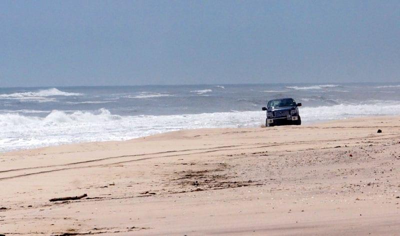 Driving on Atlantic Beach Hamptons