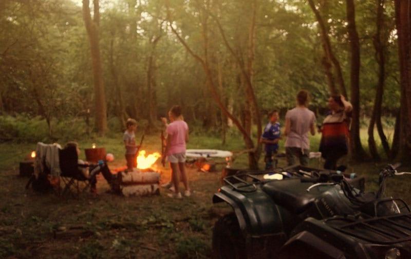 campfire dinner scene