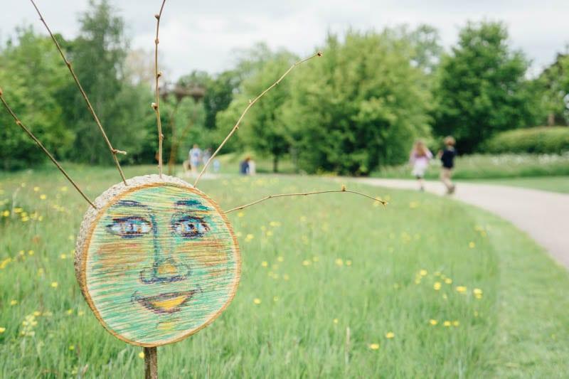 Wakehurst folk face sign