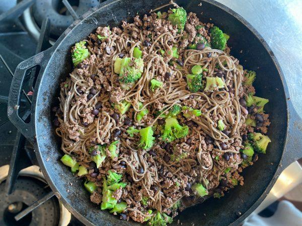 5 Ingredient Black Bean and Soba Noodles