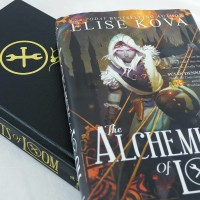 REVIEW: The Alchemists of Loom (Loom Saga #1) by Elise Kova