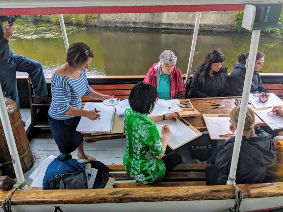 Canal painting workshop with Lesley Banks