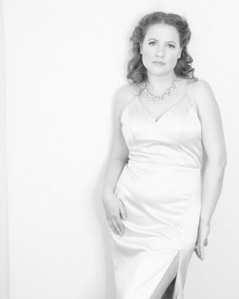 Elizabeth Glam image