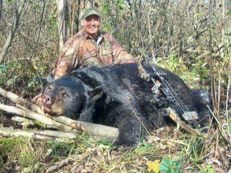 Palmer hat den Schwarzbären mit Pfeil und Bogen erlegt – mehr als 60 Kilometer von seinem Jagdrevier entfernt.