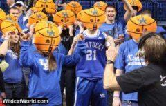 Kentucky Fans - photo by Walter Cornett | WildcatWorld.com