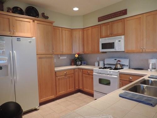Sea House kitchen
