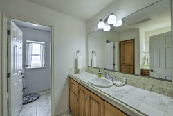 Le Dolce: Bathroom 2