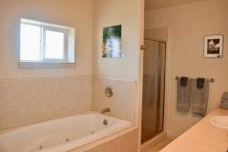 Oceans Apart Bathroom