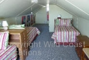 Nesika Beach Cottages Twin Beds