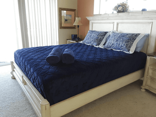 Sea House bed with headboard 2