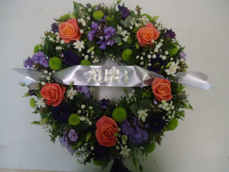 Wreath Mix Seasonal   Wild Daisy Florist