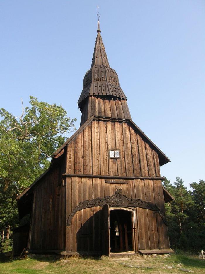 estonia-church-xlarge