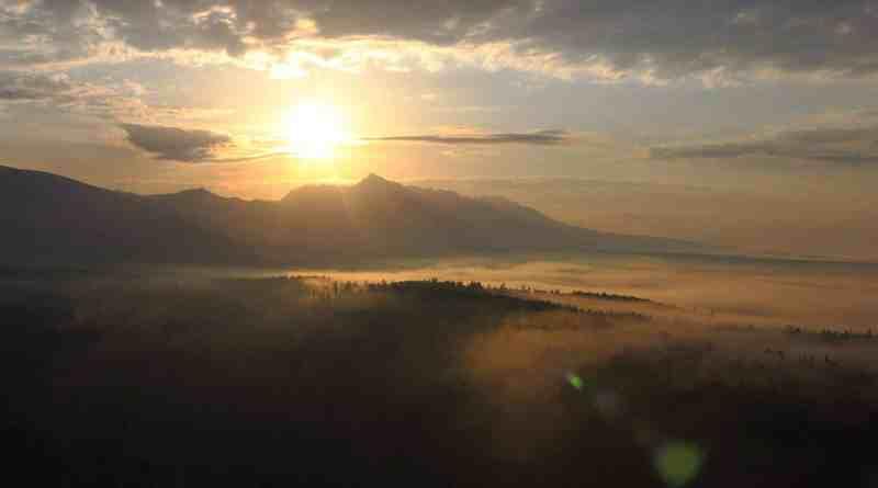 horsk-rieka-bel-vznik-stokom-tichho-a-kprovho-potoka-v-pozad-sa-ti-kriv_35112656456_o.jpg - © European Wilderness Society CC BY-NC-ND 4.0