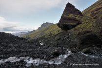 Giant boulder, Hvannárgil canyon, hiking trail, Þórsmörk, Iceland