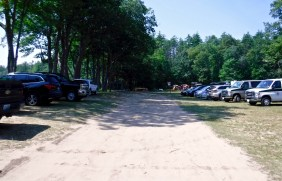 kayaking-contoocook-river-contoocook-canoe-company-parking-area