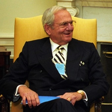 Lee_Iacocca_at_the_White_House_in_1993