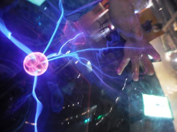 Elektrifizierende Experimente