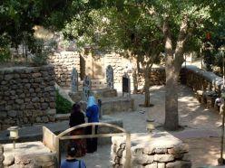 kl Friedhof a d Quelle
