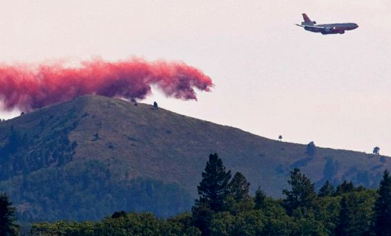 DC-10 dropping on Little Bear Fire June 12, 2012
