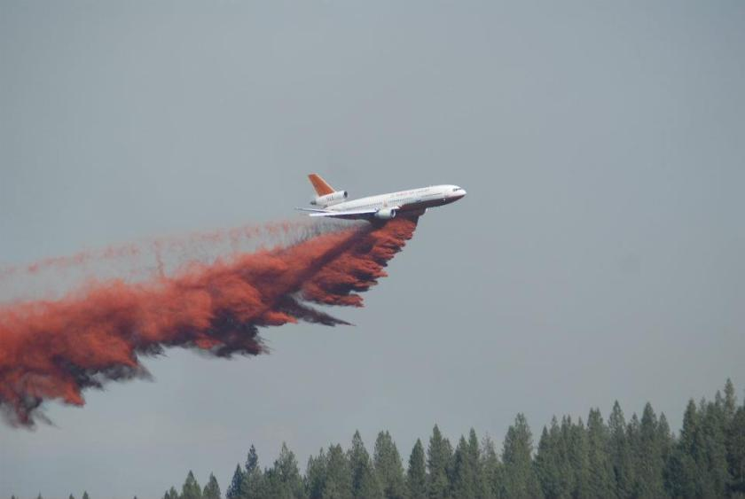DC-10 Tanker 911 on the Robbers Fire