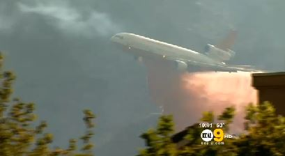 DC-10  drop on Falls Fire, August 5, 2013