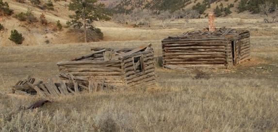 White Draw Fire, old cabin, 11-16-2013. Photo by Bill Gabbert