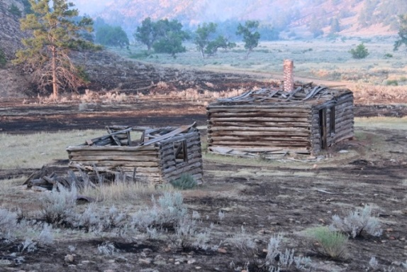 White Draw fire, old cabin 6-30-2012