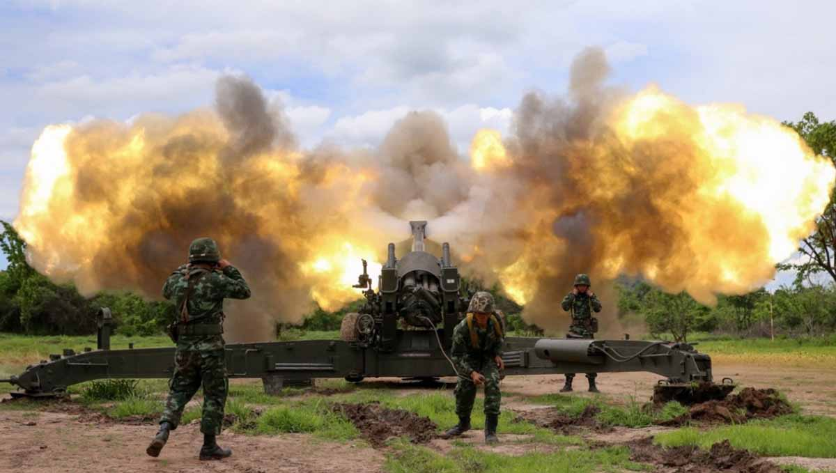 M198 155mm howitzer