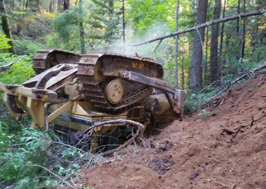 Dozer rollover on the Trailhead Fire