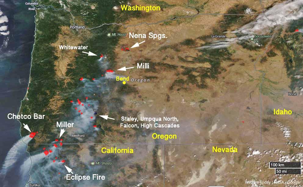 Satellite photo wildfires in Oregon Northwest California
