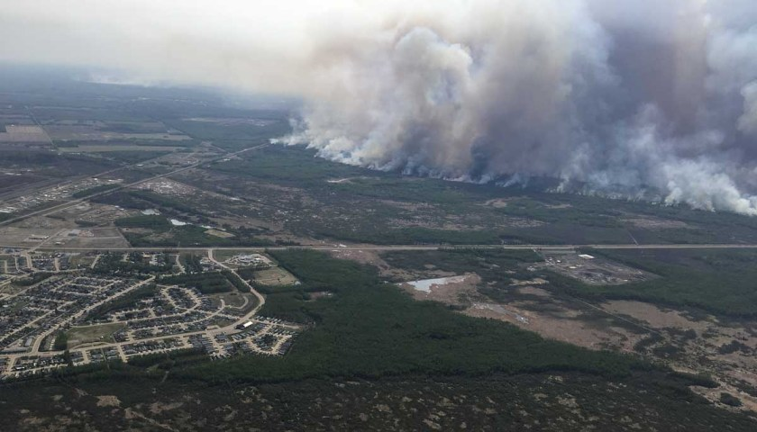aerial photo Chuckegg Creek Fire High Level Alberta