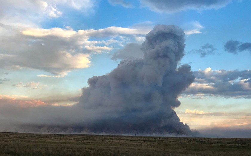 Smoke column Sheep Fire