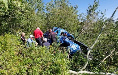 Nevada wildland fire crews assist vehicle accident
