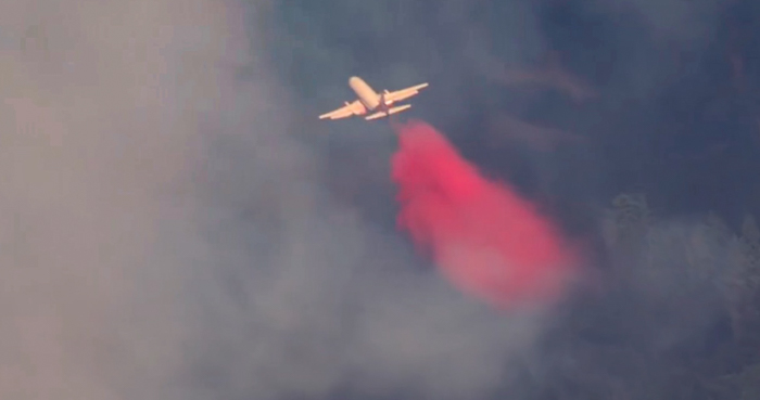 737 air tanker Country Fire Cool, California