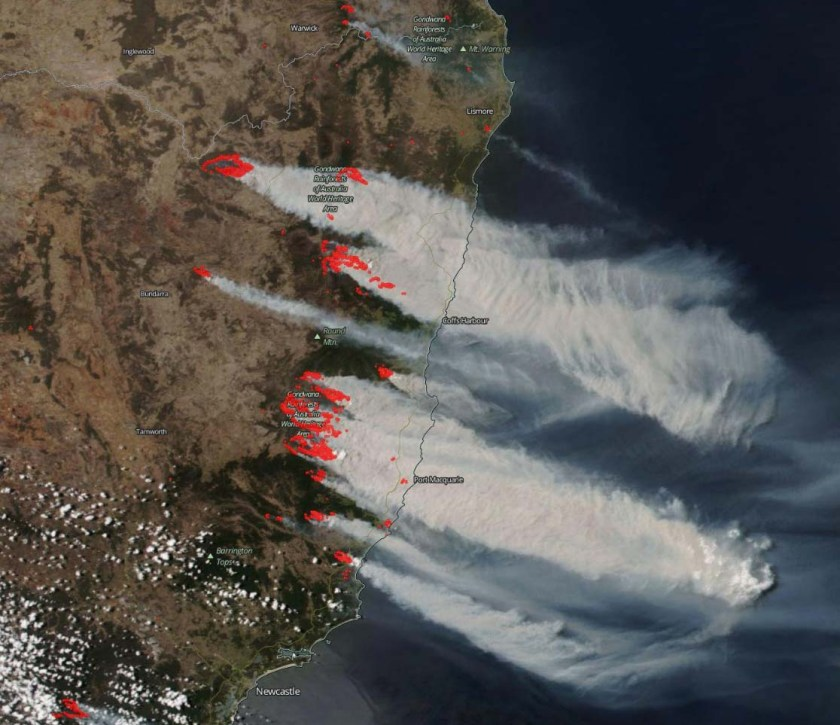 satellite photo smoke from bush fires New South Wales